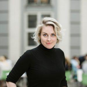 Rebecka Cedering Ångström